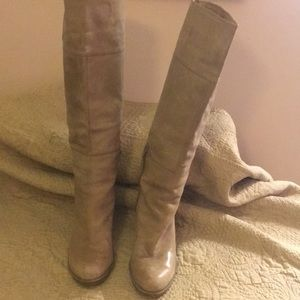 Nine West size 10 taupe boots